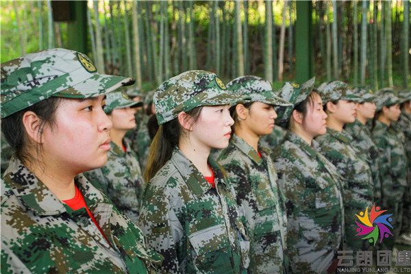 扬州二季度户外军事训练拓展活动简介